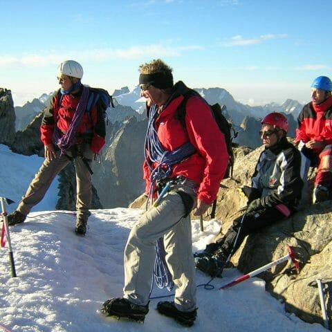 Equipe Itheis au sommet de la MEIJE (Massif des Ecrins)